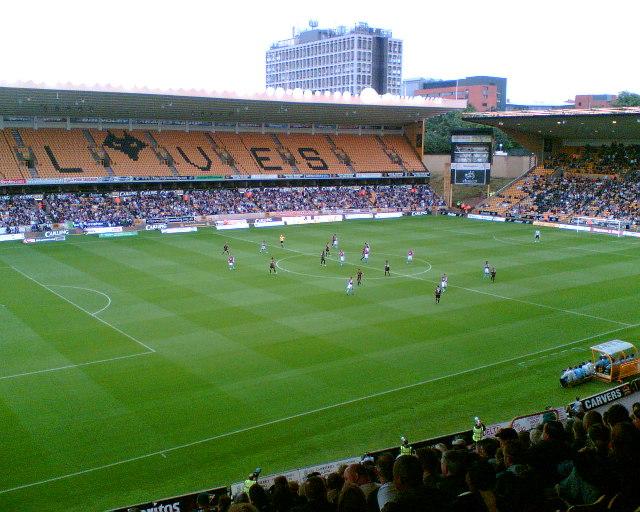 Molineux_Ground,_Wolverhampton