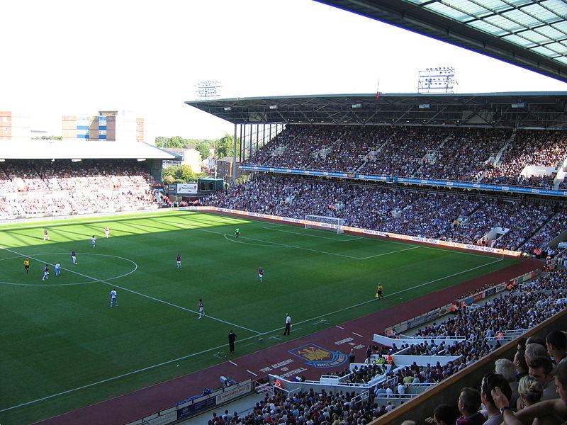West_Ham_match_Boleyn_Ground_2006
