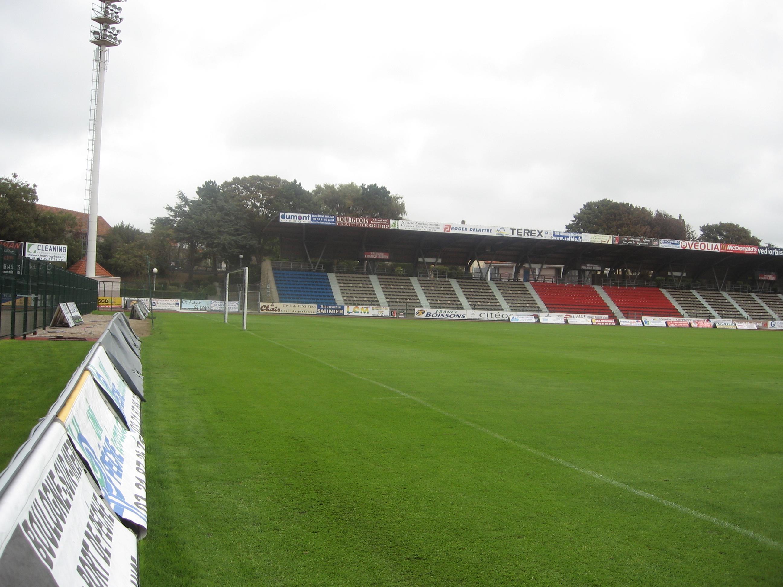 Boulogne-sur-Mer_Stade_de_la_Liberation_(6)