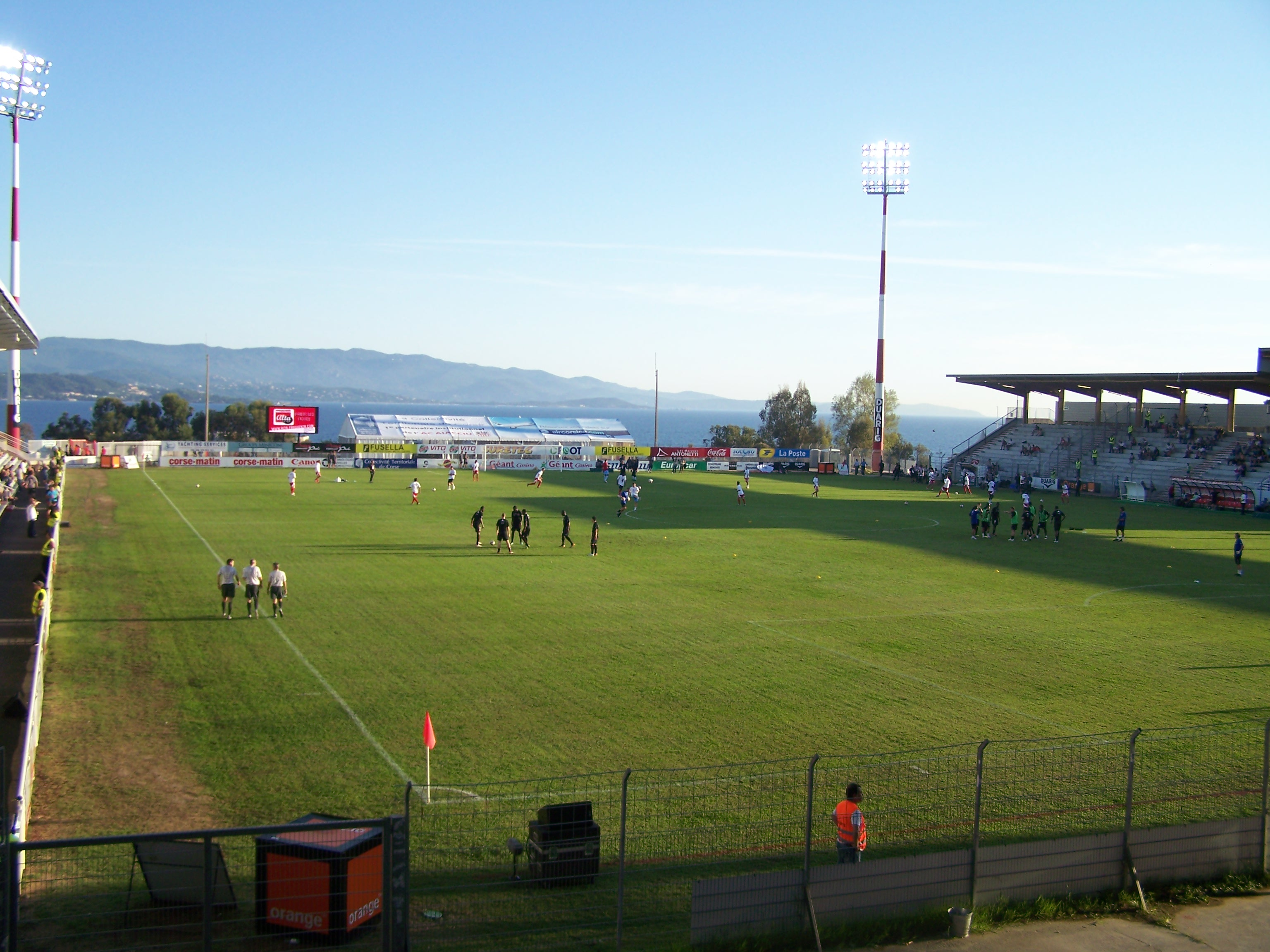 Stade_François-Coty_02